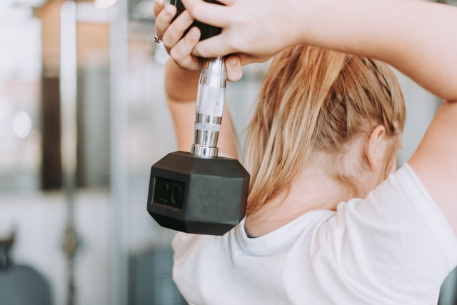 Image of women lifting weights